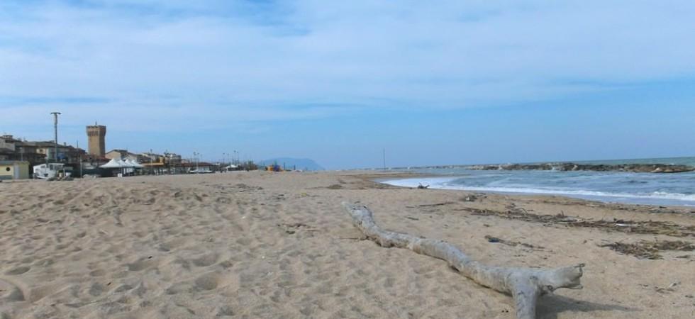 Porto Potenza mare-spiaggia