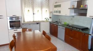 appartamento vendita porto potenza picena cucina abitabile agenzia immobiliare parigi 01
