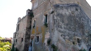 casale marchigiano con corte e vista mare contrada castelletta potenza picena agenzia immobilliare parigi 05