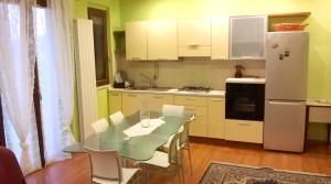 affitto appartamento trilocale arredato con corte agenzia immobiliare parigi porto potenza picena 01