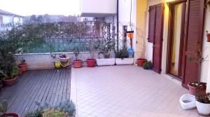 affitto appartamento trilocale arredato con corte agenzia immobiliare parigi porto potenza picena 08