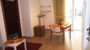 appartamento in affitto piano terra con giardino e garage agenzia immobiliare parigi di cruciani stefano compravendite e locazioni 01