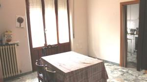 appartamento piano primo con garage in vendita porto potenza picena agenzia immobiliare parigi di cruciani stefano compravendite locazioni 01