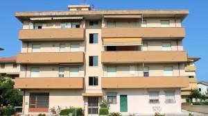 appartamento trilocale in vendita con garage e soffitta porto potenza picena agenzia immobiliare parigi compravendite e affitti 13