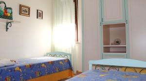 appartamento trilocale in vendita con mansarda, terrazzo e garage potenza picena agenzia immobiliare parigi di cruciani stefano 08