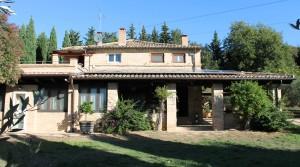 casale con giardino in vendita fra Civitanova Marche e Porto Potenza agenzia immobiliare Parigi di Cruciani Stefano compravendite e locazioni 17