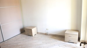 appartamento bilocale in vendita con balcone terrazzo cantina e posto auto a porto potenza picena zona centrale agenzia immobiliare parigi di cruciani stefano 08