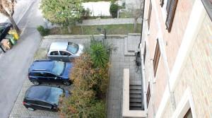 appartamento bilocale in vendita con balcone terrazzo cantina e posto auto a porto potenza picena zona centrale agenzia immobiliare parigi di cruciani stefano 17