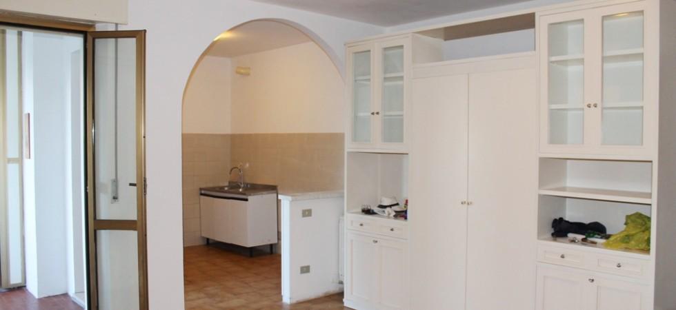 appartamento trilocale con terrazzo e garage in vendita porto potenza picena sud agenzia immobiliare parigi di cruciani stefano 03