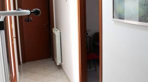 appartamento in vendita al piano terra con corte esclusiva ed ingrsso indipendente potenza picena casette torresi agenzia immobiliare parigi di cruciani stefano 19