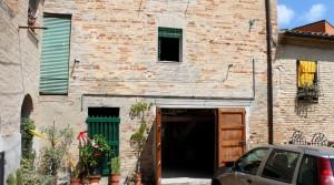 casa cielo terra con cantina e garage in vendita a potenza picena centro storico agenzia immobiliare parigi compravendite e affitti 02