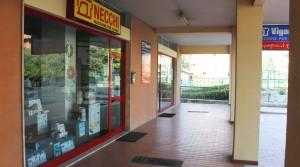 locale commerciale in vendita porto recanati agenzia immobiliare parigi di cruciani stefano 07