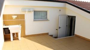 appartamento trilocale in vendita con mansarda, terrazzo e garage potenza picena agenzia immobiliare parigi di cruciani stefano 20