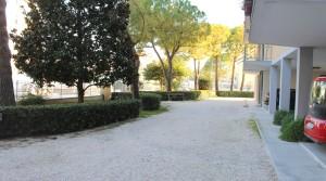 Agenzia immobiliare parigi di cruciani stefano vende appartamento con garage e soffitta porto potenza picena 03 corte giardino