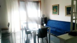 Agenzia immobiliare parigi di cruciani stefano vende appartamento con garage e soffitta porto potenza picena 11 soggiorno