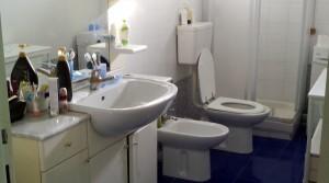 Agenzia immobiliare parigi di cruciani stefano vende appartamento con garage e soffitta porto potenza picena 15 bagno