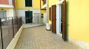 appartamento piano terra con giardino e garage agenzia immobiliare parigi di cruciani stefano compravendite e locazioni 09